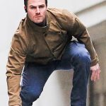 Arrow-Stephen-Amell-Brown-Jacket-7.jpg